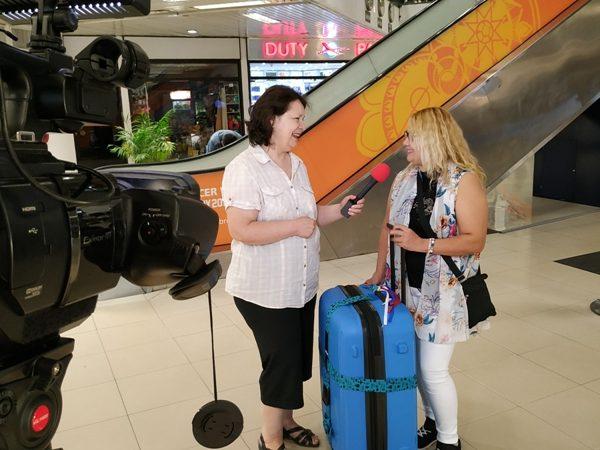 Llegada de Fany al aeropuerto Silvio Petirossi de Paraguay